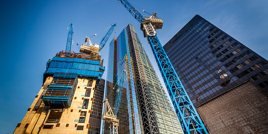 Why Hiring Professional Crane Companies And Operators For Construction Projects Is So Vital