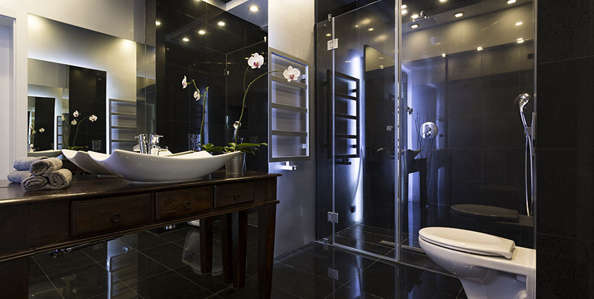Luxurious bathroom interior